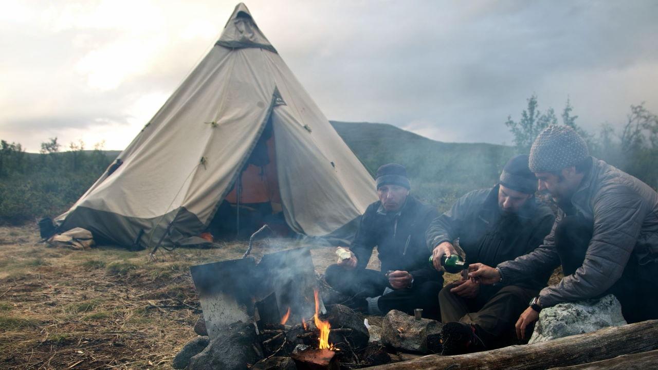 Campen in der Wildnis in Schweden.